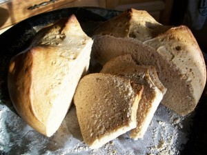 Quick Yeast-Free Spelt Bread - Quirky Cooking