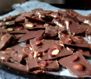 dairy free raw chocolate with almonds quirky cooking
