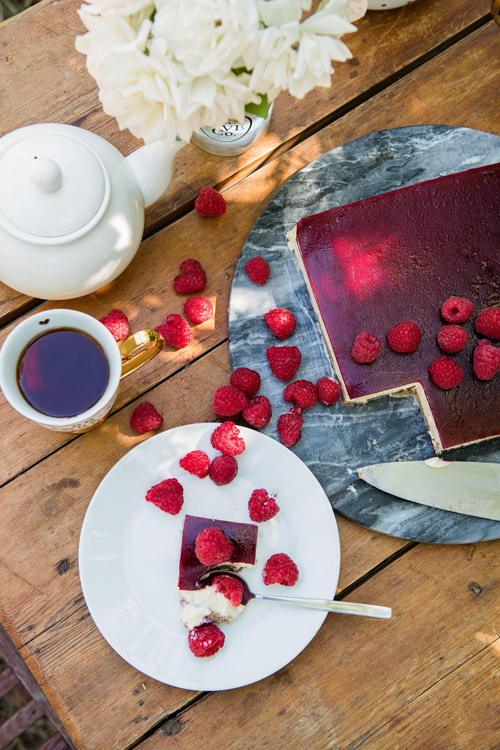 Raspberry Jelly Cheesecake Slice, Quirky Cooking